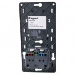 Legrand Céliane - Prise de Courant + Chargeur Universel Simple USB 1000 mA Semi-Encastré - Réf : 067116